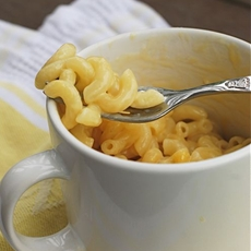 Instant Mug o Mac & Cheese in the Microwave