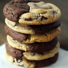 Brookies {Brownie + Chocolate Chip Cookies}