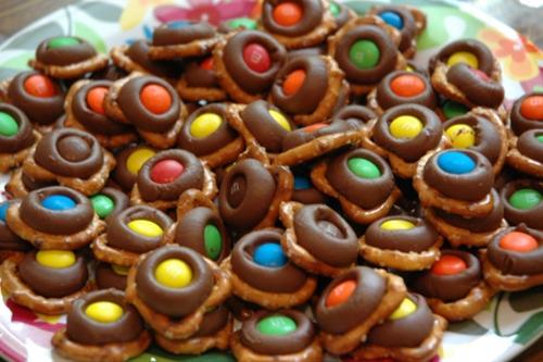 Hershey's, Twist pretzels and m&m