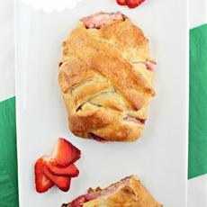 Strawberry Cream Puff Pastry