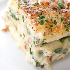 Creamy Chicken Florentine Lasagna