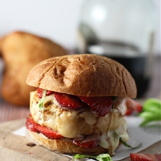 Strawberry, Bacon and Brie Chicken Burgers