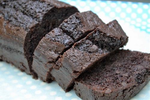 Chocolate Chocolate Chip Zucchini Cakes