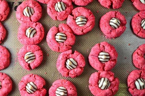 Pink Peanut Butter Hugs