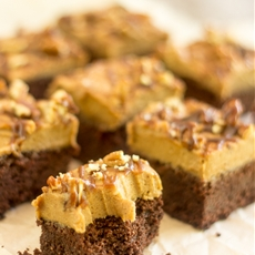 Paleo Salted Caramel Brownies