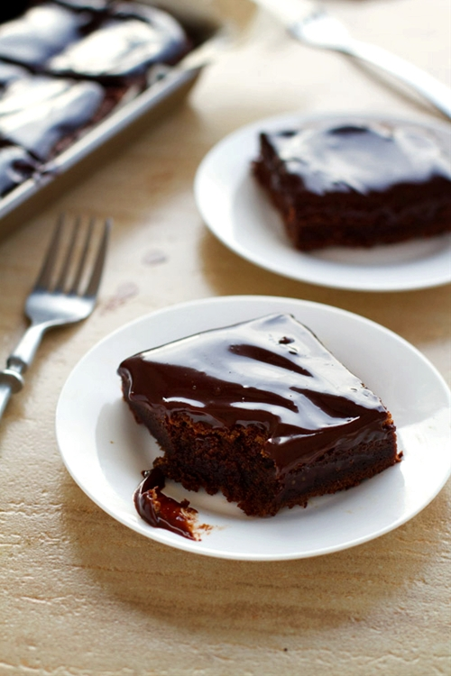 Fudgy Chocolate Cake Bars