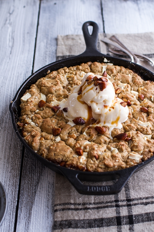 Peach Oatmeal Skillet Cookie Pie