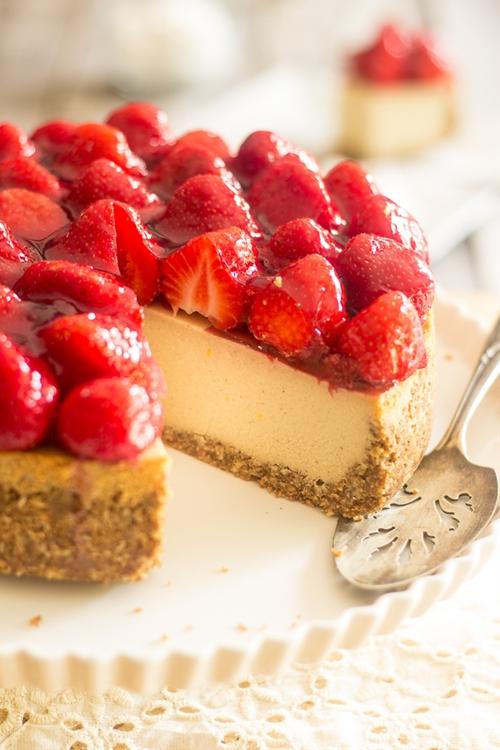 Dairy Free Paleo Strawberry Cheesecake