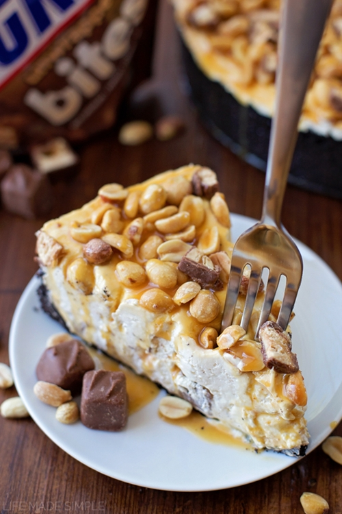 No-Bake Snickers Cheesecake