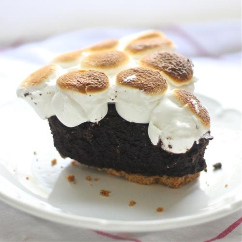 Skillet Smores Brownie Pie