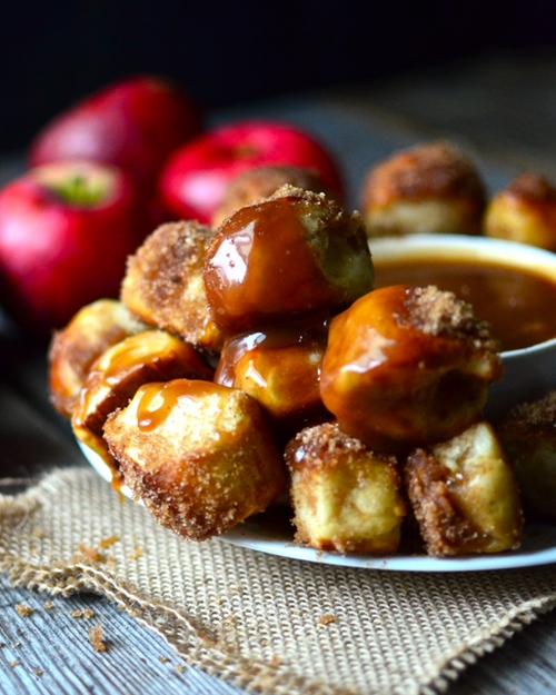 Apple Cinnamon Pretzel Bites with Caramel Dipping Sauce