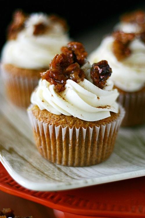 Pecan Pie Pumpkin Cupcakes