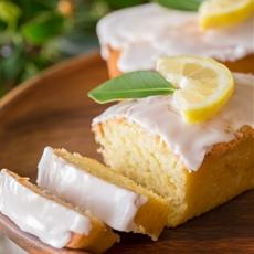 Mini Iced Lemon Pound Cake Loaves