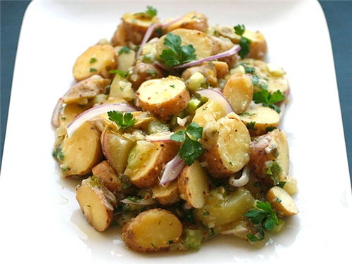 Creamy Fingerling Potato Salad (Vegan)