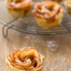 Caramel apple roses