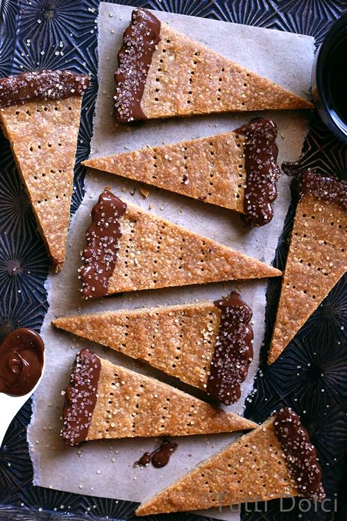 Espresso shortbread cookies