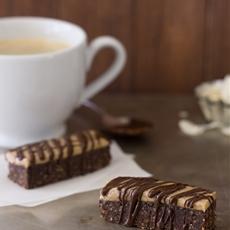 Healthy No-Bake Chocolate Almond and Coconut Bars {gf, vegan}