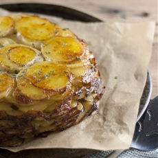 Classic French Potatoes Anna - Gratin Pie with a Creamy Twist