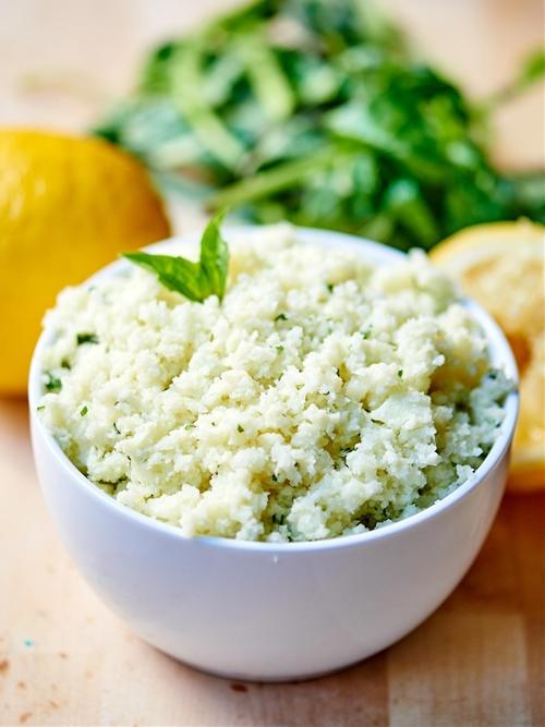 Lemon Garlic Cauliflower Rice