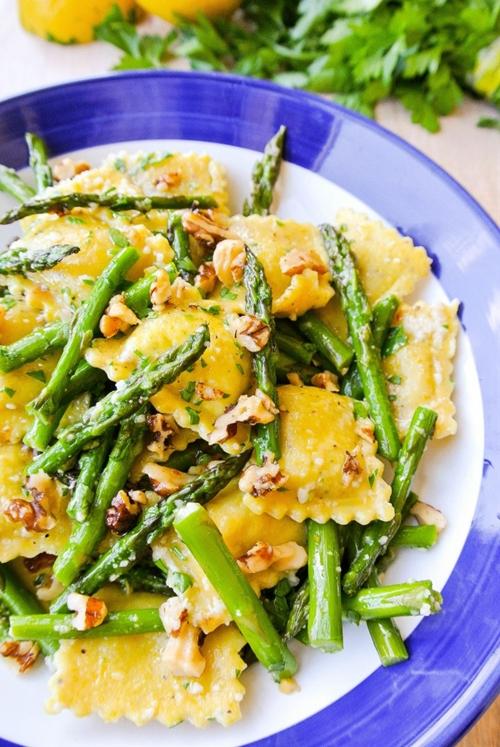 ravioli + asparagus in a lemon