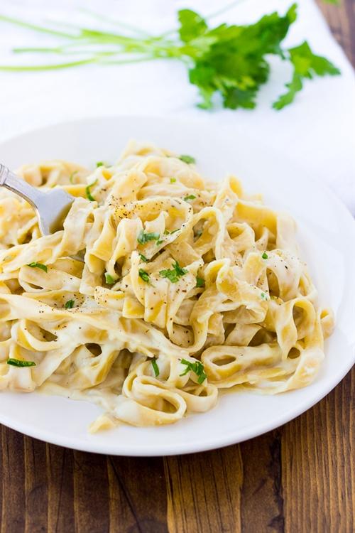 Creamy Cauliflower Alfredo Sauce {Dairy-Free, Gluten-Free}