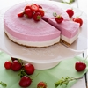 Strawberry and vanilla raw cake