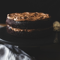 Spiced hot chocolate cake