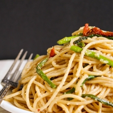 Roasted Asparagus and Sun-Dried Tomato Pasta