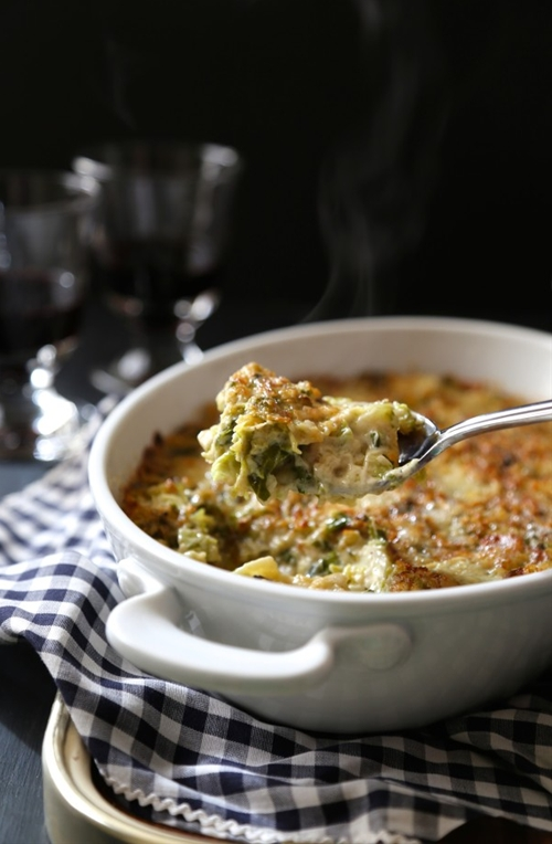Brussel sprout casserole with bacon & gorgonzola