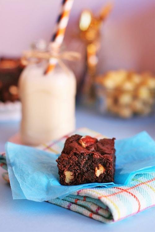 Very Fudgy Chocolate Chip Brownies
