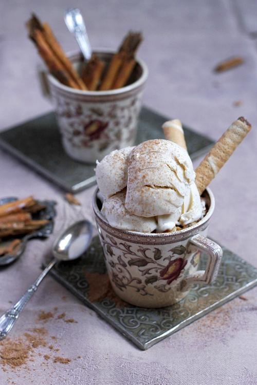 Cinnamon 'Maltese Wedding' Ice Cream