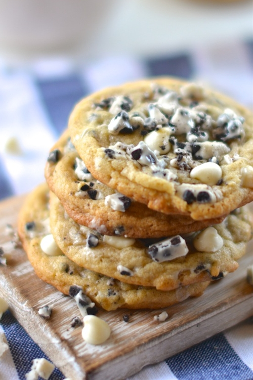 Chunky Cookies and Cream Cookies