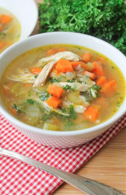 Chicken Vegetable & Quinoa Soup recipe | Chefthisup