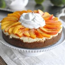 Biscoff Peaches & Cream Cheesecake
