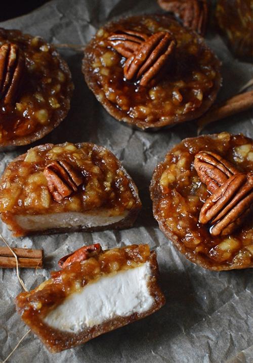 Mini Raw Caramel Apple Cheesecakes