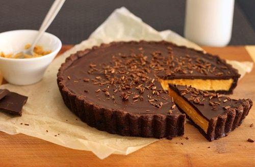 Giant Reeses Peanut Butter Cup Tart
