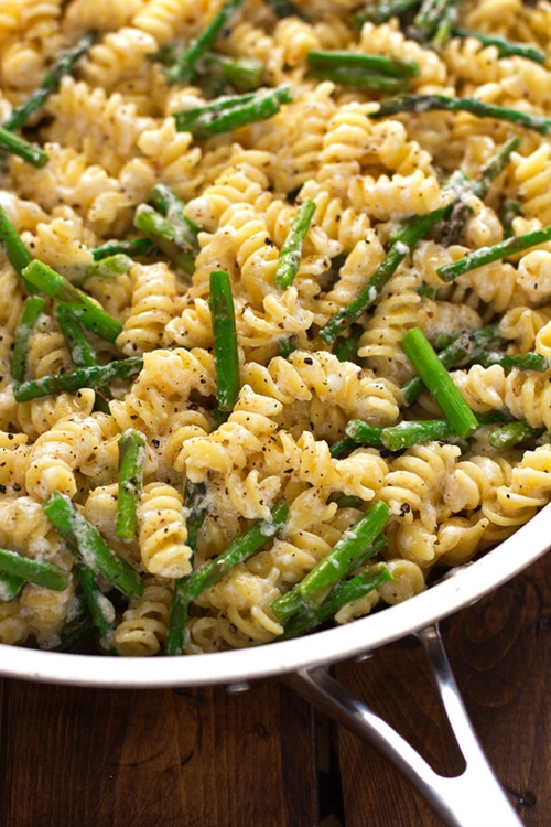 Lemon Mascarpone Pasta with Sauteed Asparagus