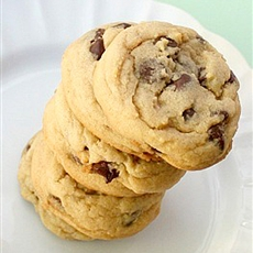 BEST-EVER Chewy Chocolate Chip Cookies