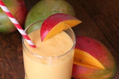 Mango Surprise Smoothie