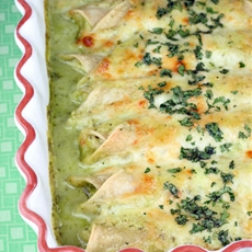 Chicken Enchiladas Cafe Tacuba-Style
