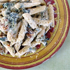 Spinach and Sun-dried Tomato Penne Pasta