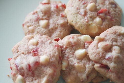 White Chocolate Chip Cherry Cookies