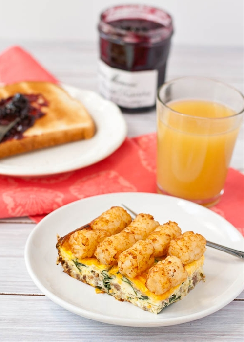 Sausage and Spinach Breakfast Tater Tot Casserole