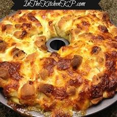 Pepperoni & Mozzarella Pizza Pull Apart Bread Tailgate