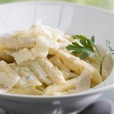 15 Minute Gorgonzola Pasta Sauce