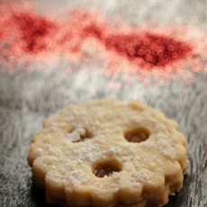 Linzer augen cookies - sweet short crust cookies