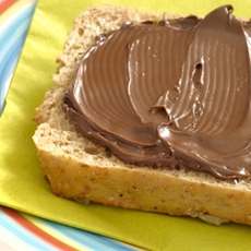 Skinny Nutella Spread - The Healthier Version
