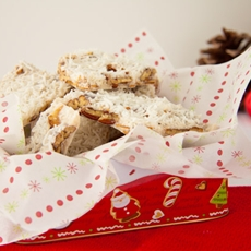 Christmas Coconut Almond Bark (no sugar added)