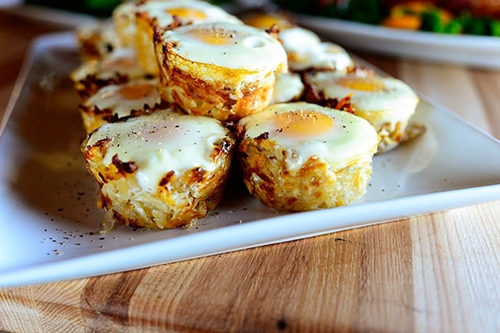 Eggs in Hash Brown Nests