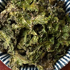 10 Flavor Combinations for Kale Chips